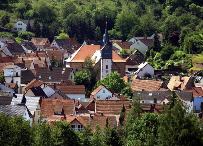 Im Obernburger Stadtteil Eisenbach konstitutiert sich der neu gewählte Vorstand des SPD Ortsvereins Obernburg-Eisenbach-Mömlingen Foto: Ruth Weitz