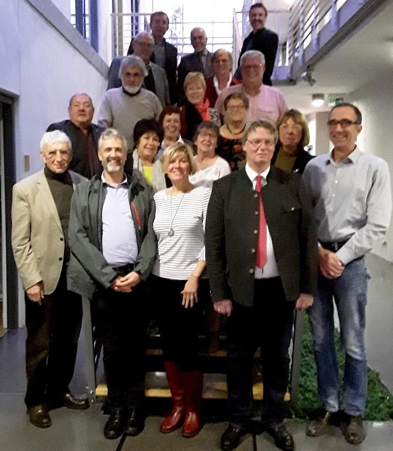 Bild: Die Teilnehmer des Dreiländertreffens am 8. November in Buchen im Odenwald. Foto: Karlheinz Graner